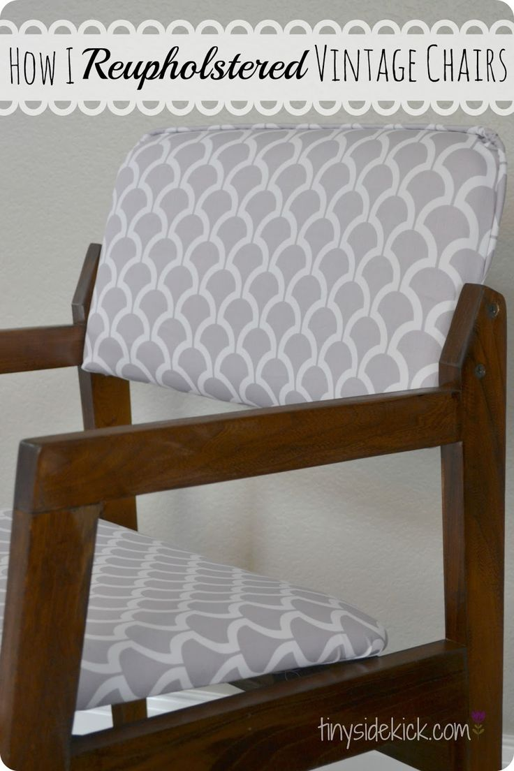 Reupholstered Dining Chairs {Dining Room Update} #furnituremakeover #reupholstery #fabric