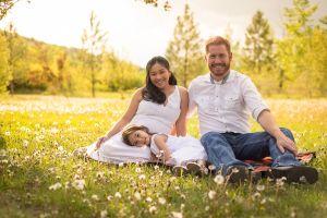 Calgary Maternity Photographer || Canmore Maternity Photographer © Photographs by Grace 2015 #familyphotography #maternityphotography