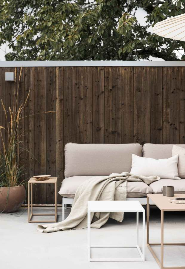 Six Places To Source Minimalist Garden Furniture These Four Walls Blog Minimalist Outdoor Furniture Furniture Minimalist Garden