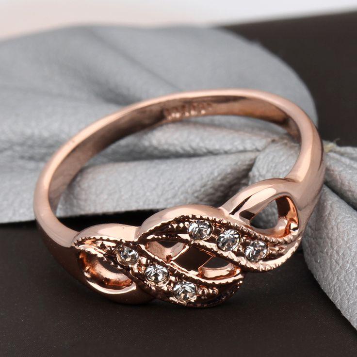 6 Alasan Mengapa Memilih Cincin Pertunangan Rose Gold