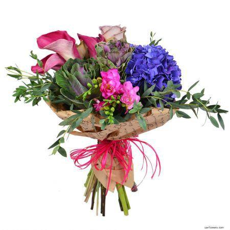 """A stylish """"Design"""" bouquet"""