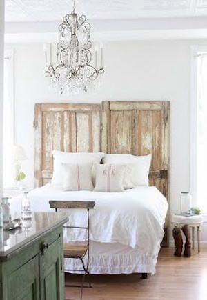 barn door head board...when we finish our renovations on the garage I'm So using the doors to make this!!!