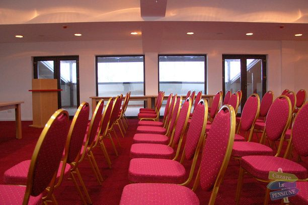 booking hotel class brezoi - Căutare Google