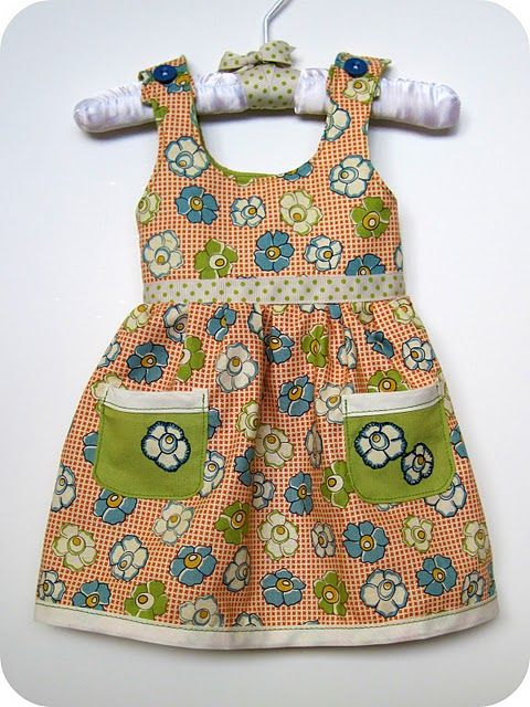 Dress/jumper tutorial for first month newborn, PDF pattern + tutorial