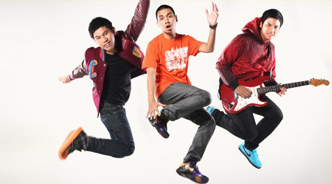 #RANBand Profile: http://5beat.com/artist/view/111/ran   RAN is 5Beat's number 7 most popular artists!