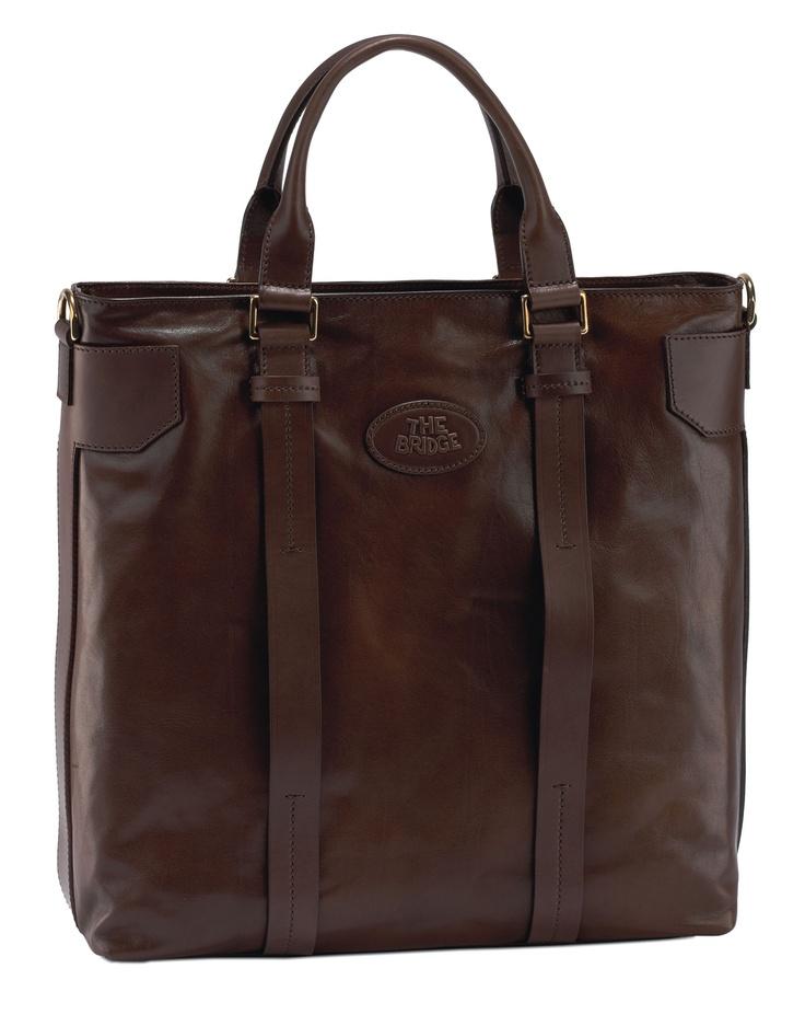 This is THE BRIDGE.  Men's leather bag 063151