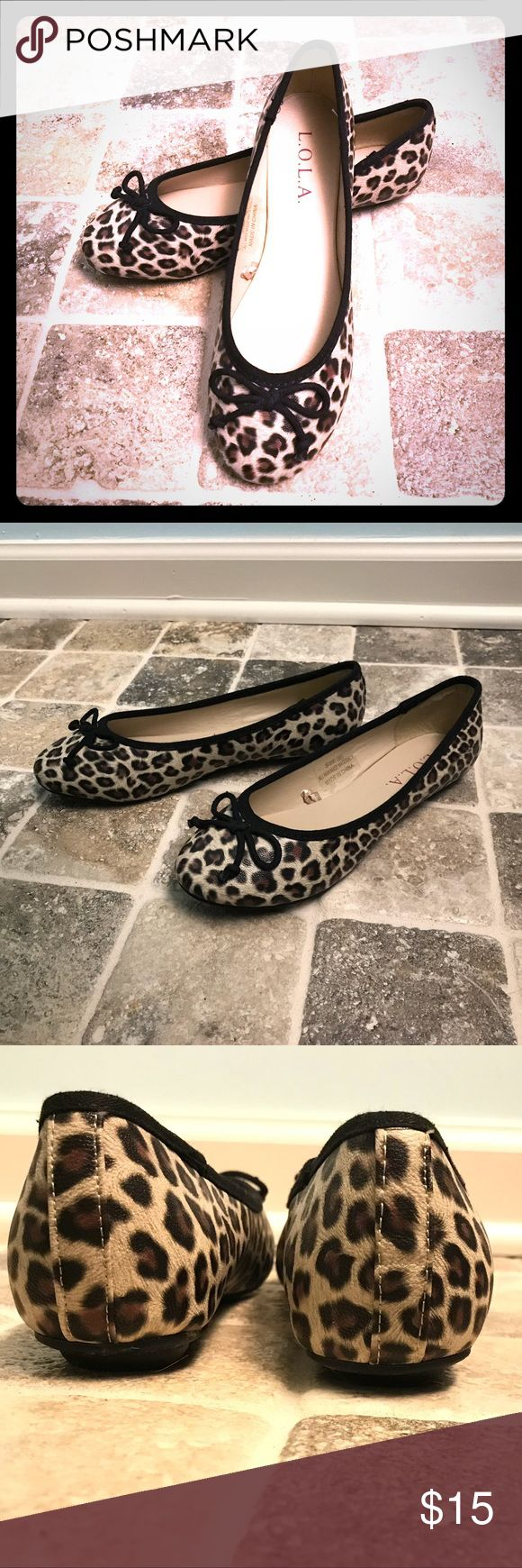 Leopard Flats!! Size 6. Leopard Flats!! Size 6. Not really furry, printed on faux leather, so easy to clean. Excellent condition, barely worn. Shoes Flats & Loafers