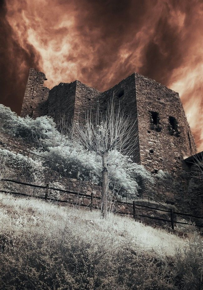 Castle Isolabona. Foto di Roberta Sala