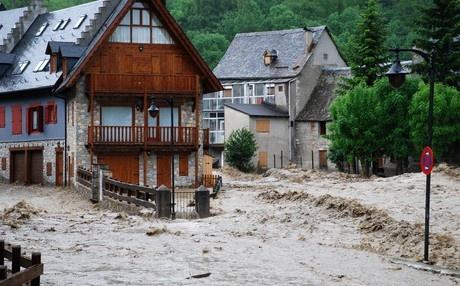 Imagen de las inundaciones en Arties, en el Vall d'Aran