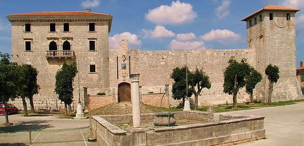 Real Estate in Istria #st #petersburg #fl #real #estate http://real-estate.remmont.com/real-estate-in-istria-st-petersburg-fl-real-estate/  #real estate croatia # Istria Istria is the north-western region of Croatia. In a triangular shape, it is bordered in the north by Slovenia, east by the Kvarner, region of Croatia, and on the south and west by the Adriatic Sea. Formerly part of the Venetian Empire, this region has seen many empires such as… Read More »The post Real Estate in Istria #st…