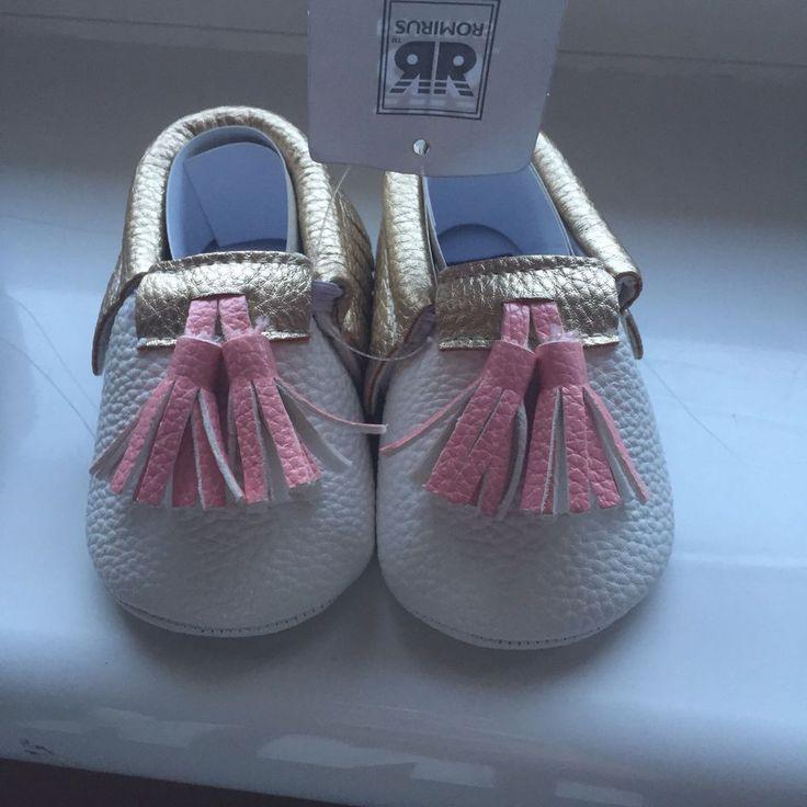 Girls Pink Pram Crib Shoes Christmas Baby Moccasin Cakesmash Photoshoot Birthday  | eBay