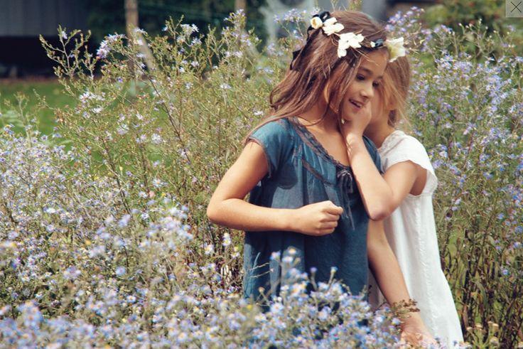 Bonpoint / Flowers on her hair: Little Girls, Flower Girls Dresses, Bff Photography, Kids Fashion, Little Flower, Children Fashion, Flower Children, Flower Fairies, Bonpoint Spring
