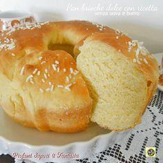 Pan brioche dolce con ricotta senza uova e burro, ottimo per la colazione con l'aggiunta di marmellata o Nutella a piacere. Inoltre al naturale è buonissimo