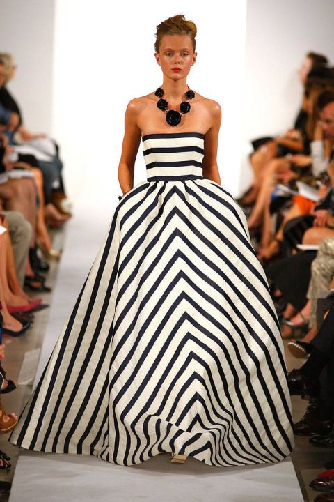 This striped Oscar de la Renta ballgown is both glamorous and fun.