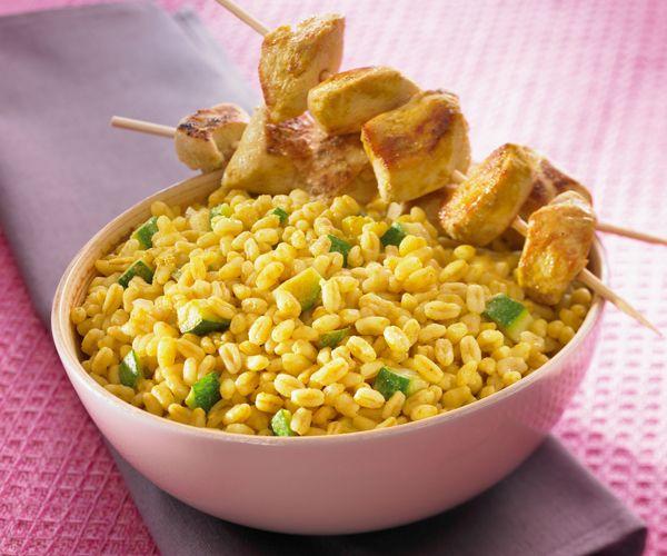 Découvrez notre recette de blé ebly au curry et au lait de coco. Un excellent plat qui vous attend.