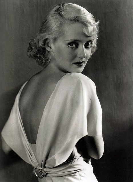 wow, pure glamour. bette davis.