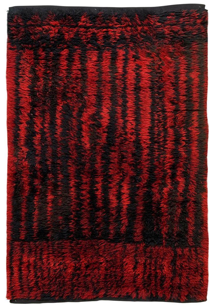Kirsti Ilvessalo; Wool 'Punamusta' Rya Rug for Suomen Käsityön Ystävät Oy, c1950.