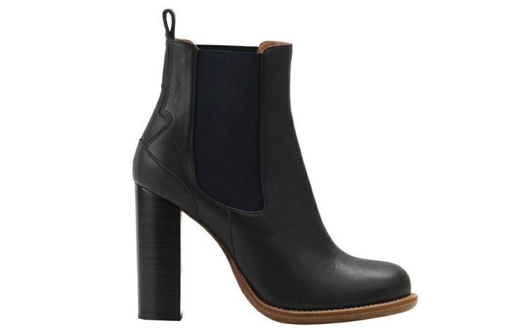 Chloé http://www.vogue.fr/mode/shopping/diaporama/shopping-bottines-du-soir-noires-a-talons/16084/image/878138#!chloe-bottines-noires