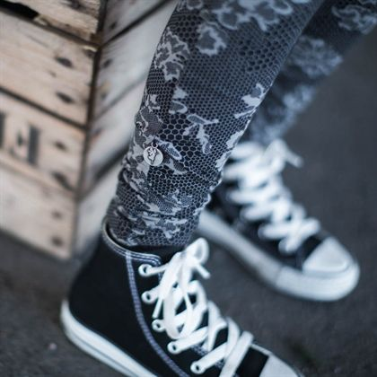 Wrinkled leggings - rocky lace black