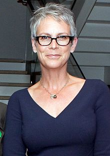 Jamie Lee Curtis as Stephanie Holland, a New York Times reporter