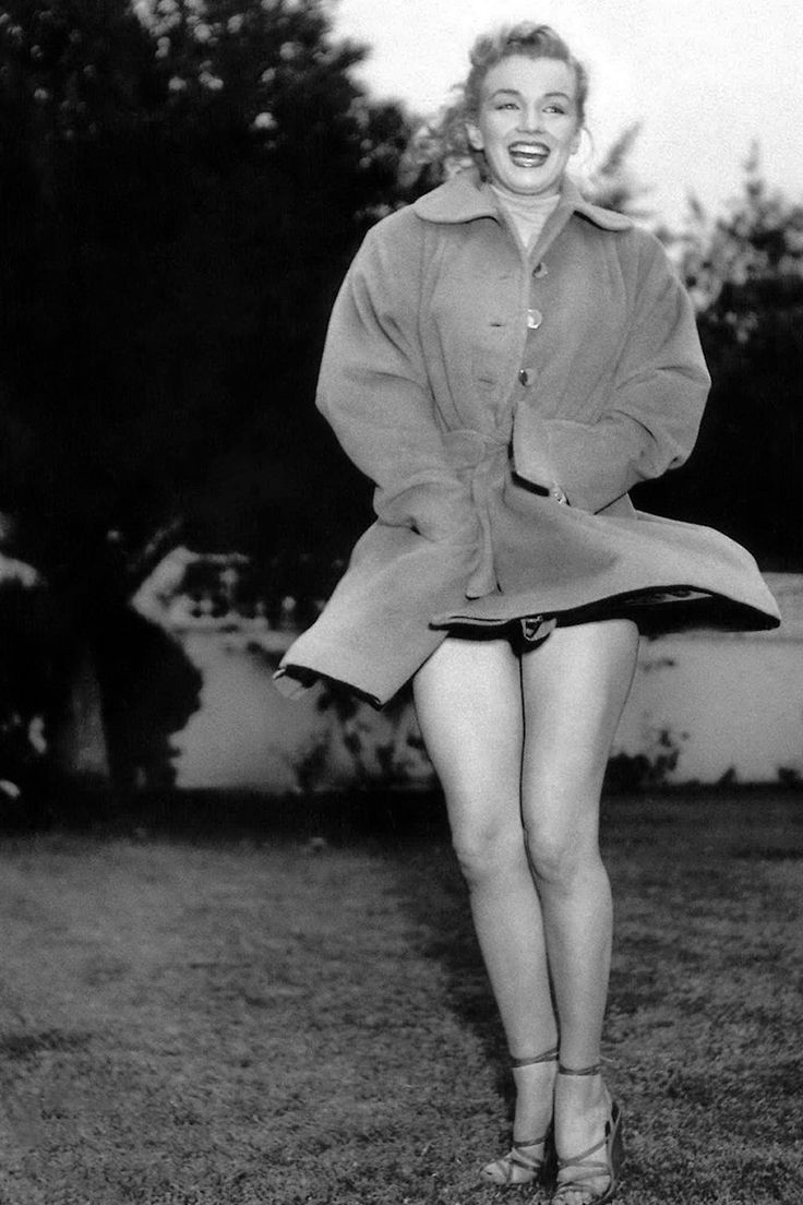 148 best Marilyn Monroe Earl Leaf images on Pinterest