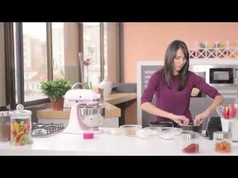 Κέικ με βερύκοκο, αμύγδαλα και γιαούρτι Total