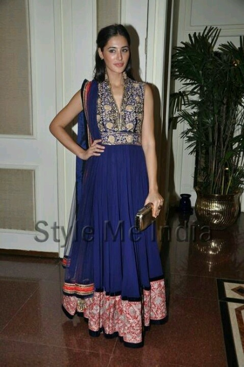 Indian dress in navy :)