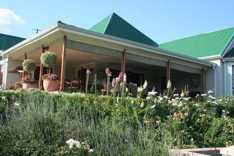 Rose Garden to front Verandah