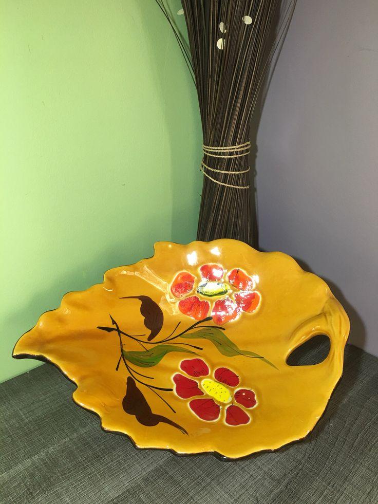 Le chouchou de ma boutique https://www.etsy.com/fr/listing/508004363/coupe-a-fruits-modele-feuille-des-annees