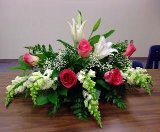Floral Design: Class Casket Sprays