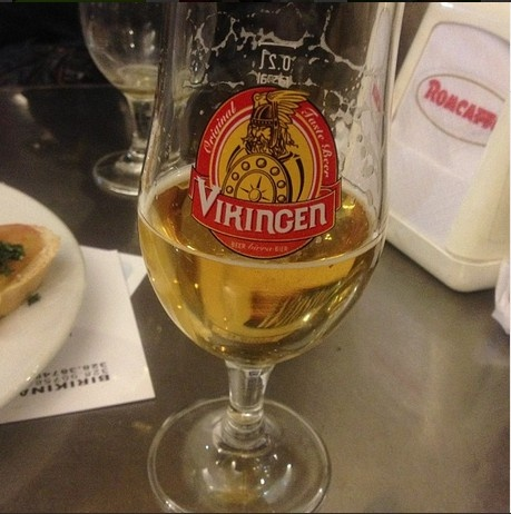 #Vikingen #Beer | Grazie @nastygno #happyhour time with #sangeminianoitalia #birra