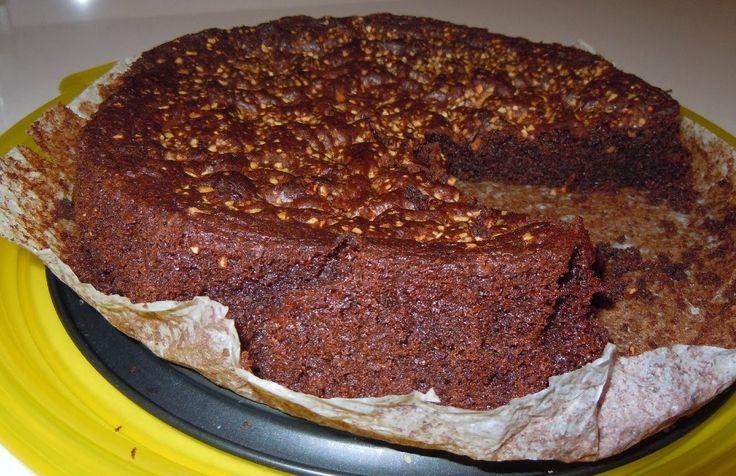 Torta Ciambella morbida al Cioccolato semplice morbida e friabile!