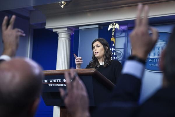 White House press secretary Sarah Sanders will give a press briefing at 3 p.m. Monday.