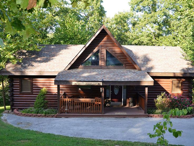 Cabin vacation rental in Executive Timbers (Oliver, MO