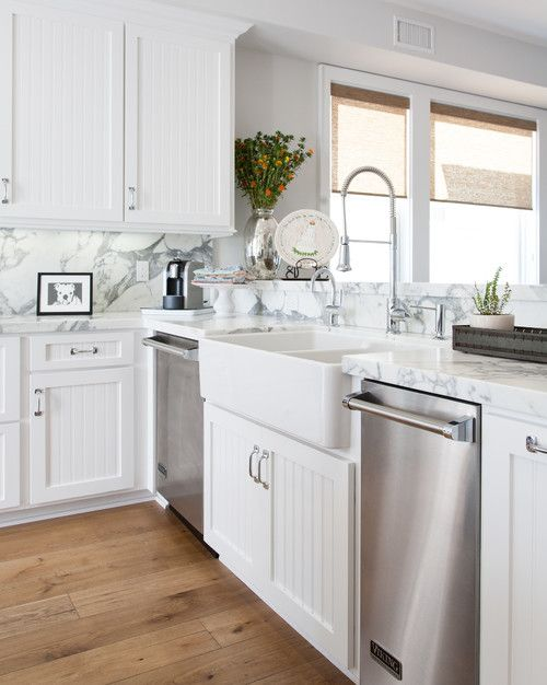 Farmhouse Sink in Cottage Kitchen