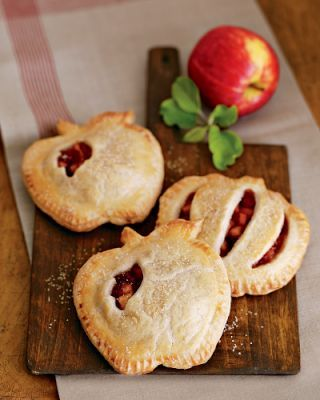 Mini apple pies in the shape of...what else? Apples. via @Martha Sappington