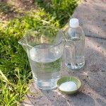 Recetas para crear un herbicida casero con vinagre
