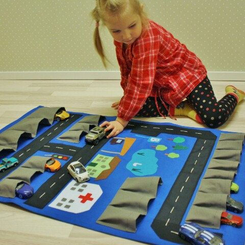 Toy cars wall storager used as playmat! Get 2in1 ;)