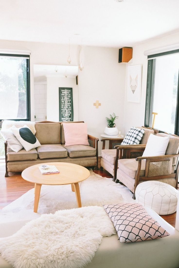 Is There Anything I Can Do to Make This Small Room Look or Feel Bigger? — FAHQs: Frequently Asked Home Questions | Apartment Therapy