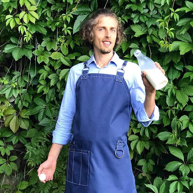 https://www.instagram.com/juliagrad.workshop/ #denimapron #blueapron #apron #blue #staff #deign #milk #barman #barista