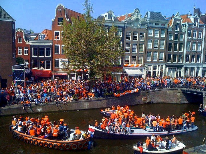 THREE HOLIDAYS YOU'LL HAVE TO EXPERIENCE IN HOLLAND