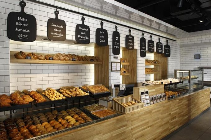 In its fewer than five years of existence, Komsufirin has grown to some 60 stores in Turkey and it sells predominantly pre-baked products, so it is by no means an artisan boutique enterprise, but we like the clear, minimalist interior, redesigned by Istanbul-based Autobahn.
