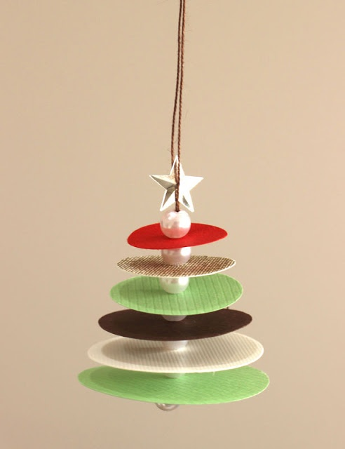A Small Tree Card Easy Christmas Crafts Arts And