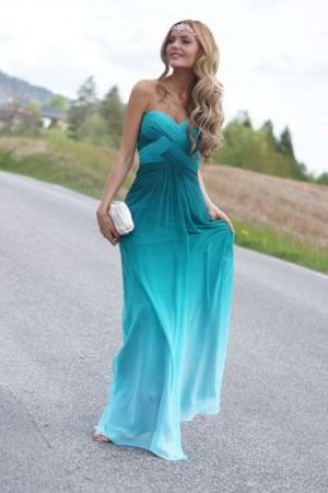 Okay how do we feel about floor length ombré dresses? I think it's kind of beautiful as long as a not color blocked.