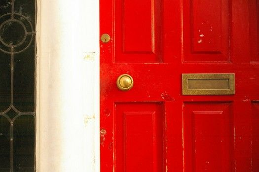10 steps to courageous hospitalityRed Front, Red Doors, Time Red, Front Doors Colors, House Repair, 10 Step, Avenue House, Front Door Colors, Engineering Red