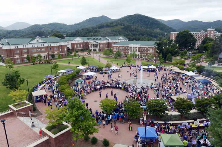 19 Things You Know To Be True If You Attend Western Carolina