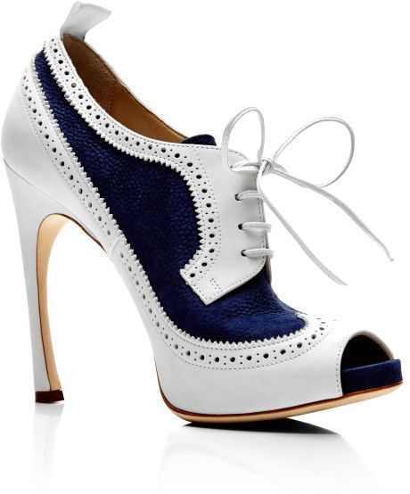 Thom Browne Peep Toe Wingtip Brogue in Navy and White Nubuck Leather in White (Navy/White)