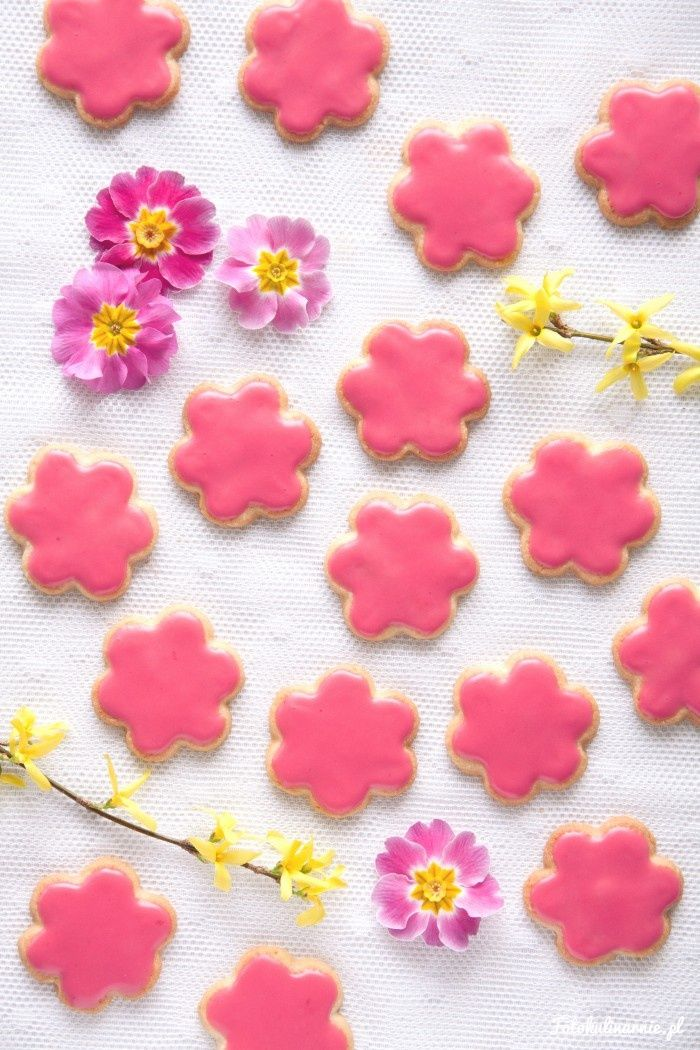 Spring Almond Cookies with Raspberry Lemon Icing.