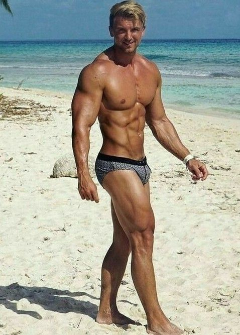 2d2f76ebd8 Muscled beach hunk with big bulging Speedo. Yes please! More hot men  @Adamb18
