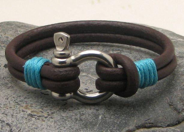 FREE SHIPPING Men's leather bracelet Brown leather by eliziatelye